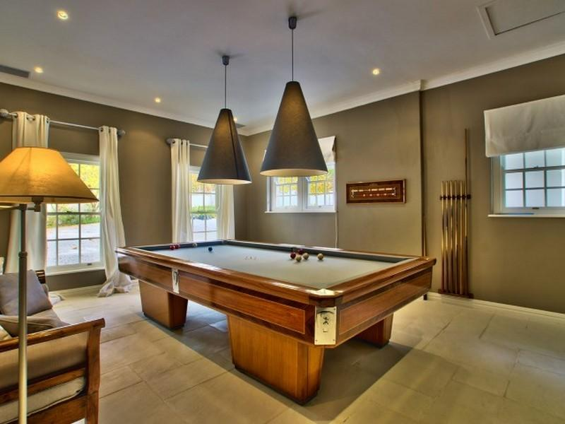 Luxury homes in Connoisseurs Choice