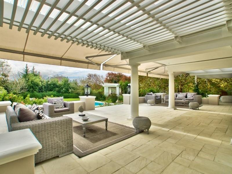Luxury homes Connoisseurs Choice