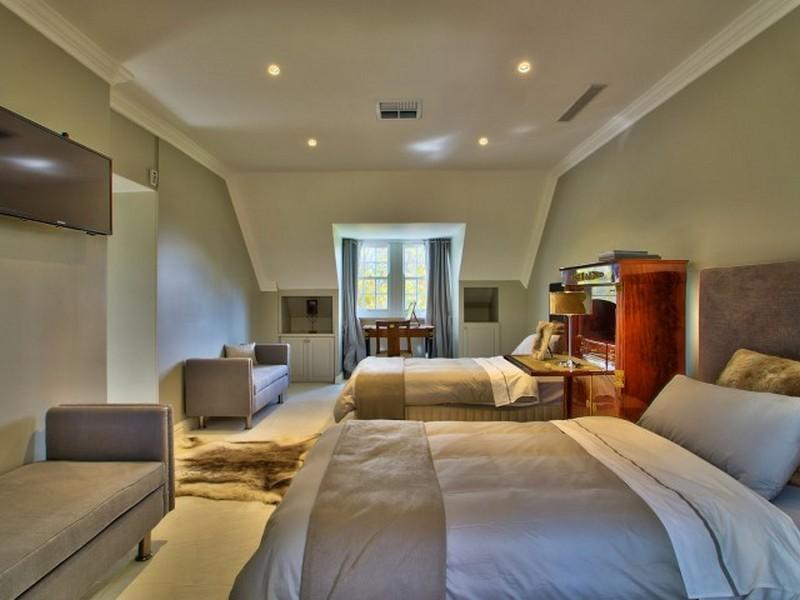 Connoisseurs Choice luxury homes