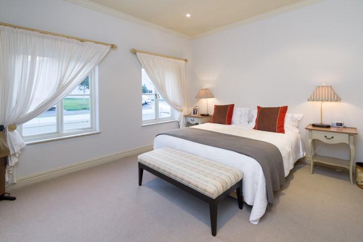 Mansions Upmarket secure living in Steenberg Golf Estate