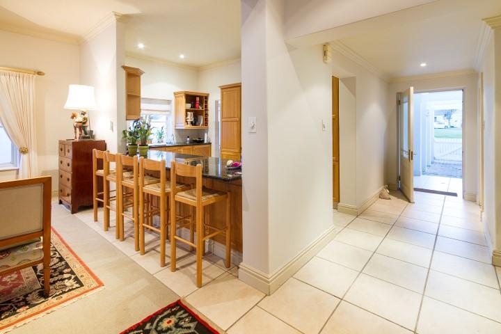 Upmarket secure living in Steenberg Golf Estate luxury real estate
