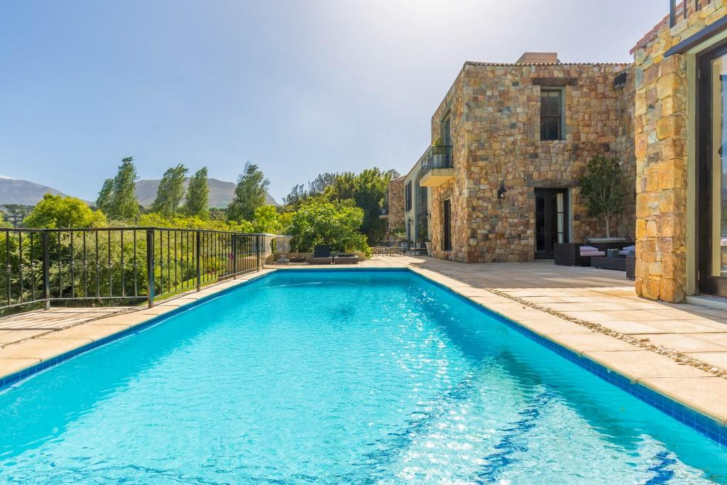 A Provencal Masterpiece luxury properties