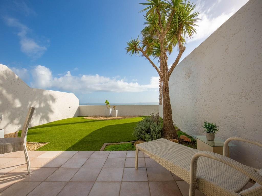 Cosmopolitan Clifton luxury properties