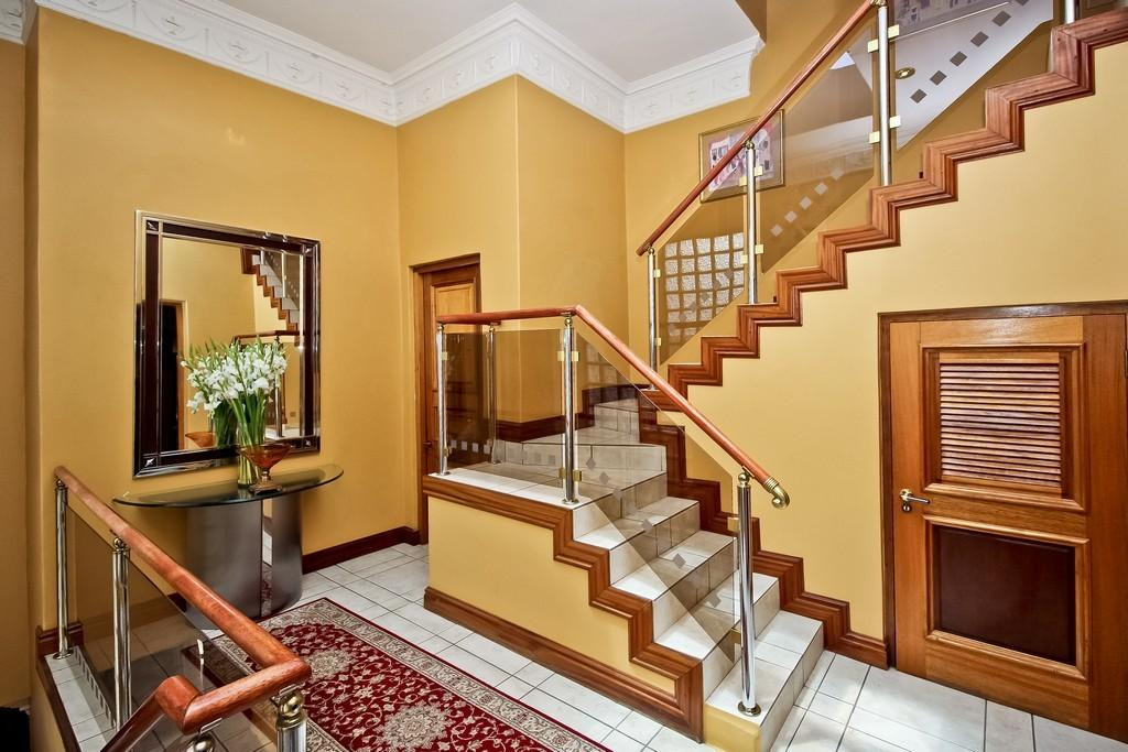 Move in or develop - you choose luxury properties
