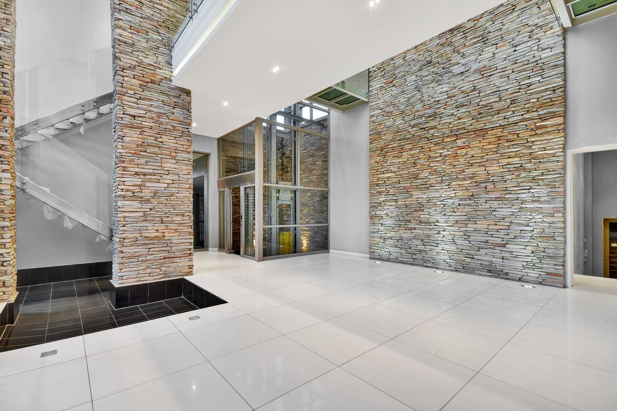 Mansions in an exhilarating lifestyle in Johannesburg