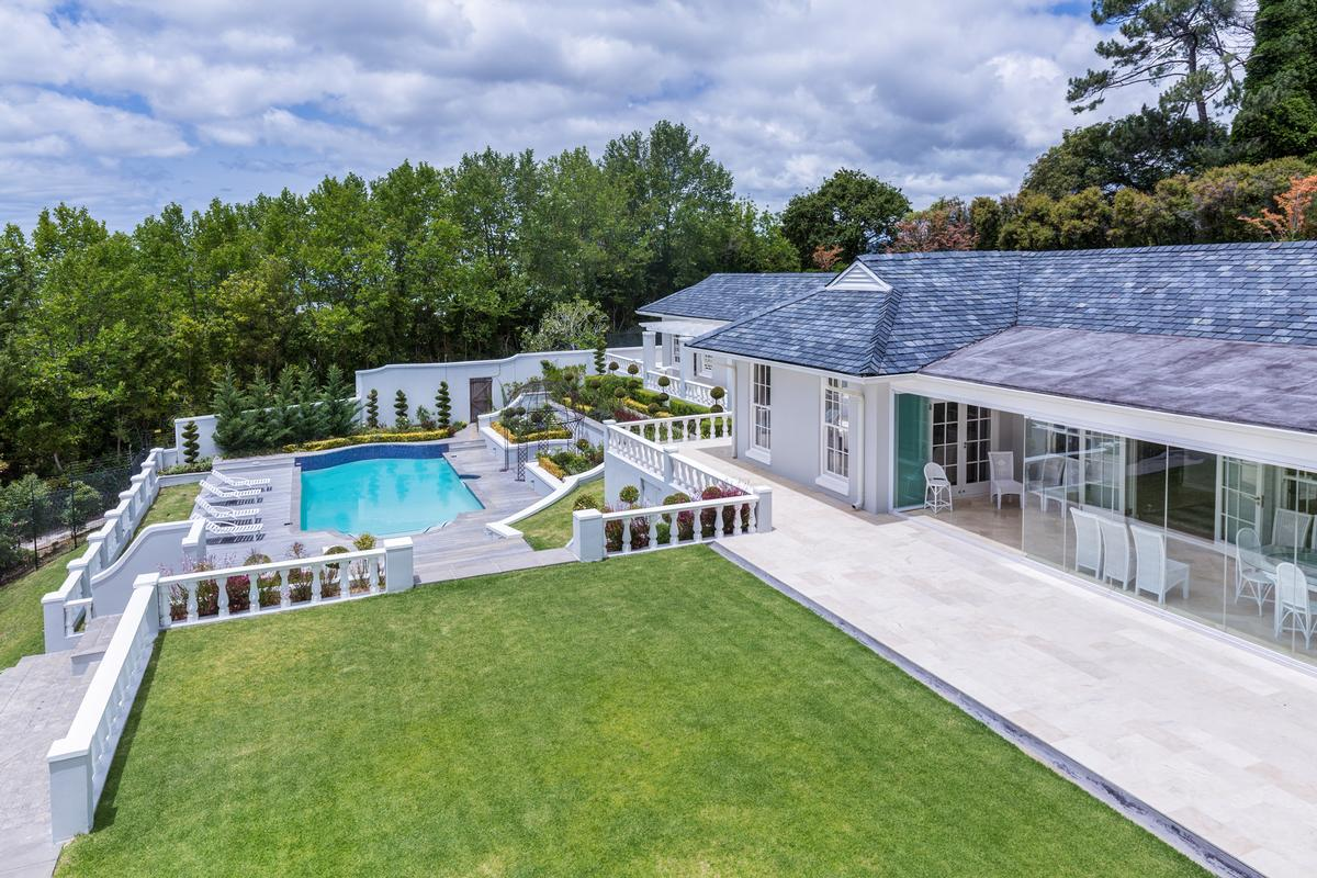 Luxury properties A majestic mansion of grand proportions