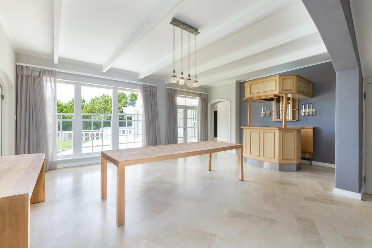 Luxury homes A majestic mansion of grand proportions