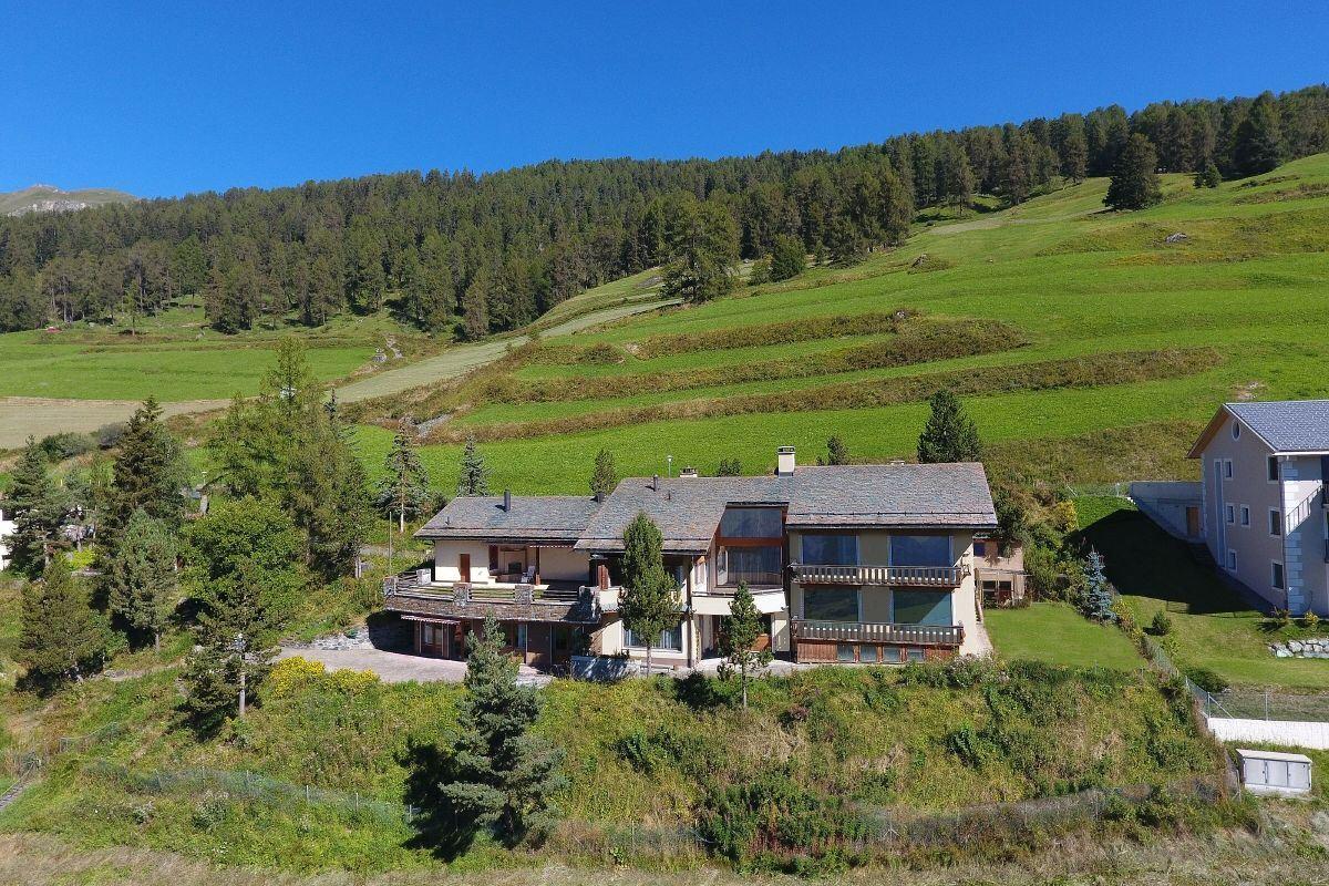 Luxury homes Beautiful Views