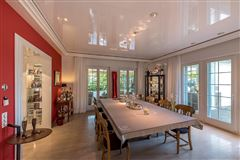 Luxury real estate Amazing villa At the foot of the Uetliberg