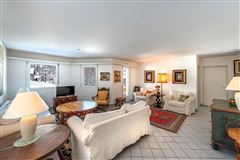 Luxury properties Pretty apartment for active lifestyles