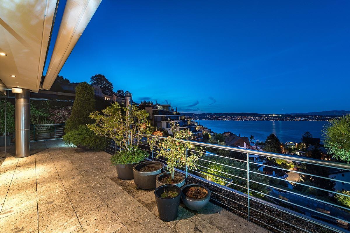 Luxury homes Elegant penthouse maisonette with magnificent views