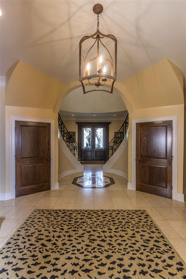 Mansions luxurious Lowcountry living in Beresford Hall