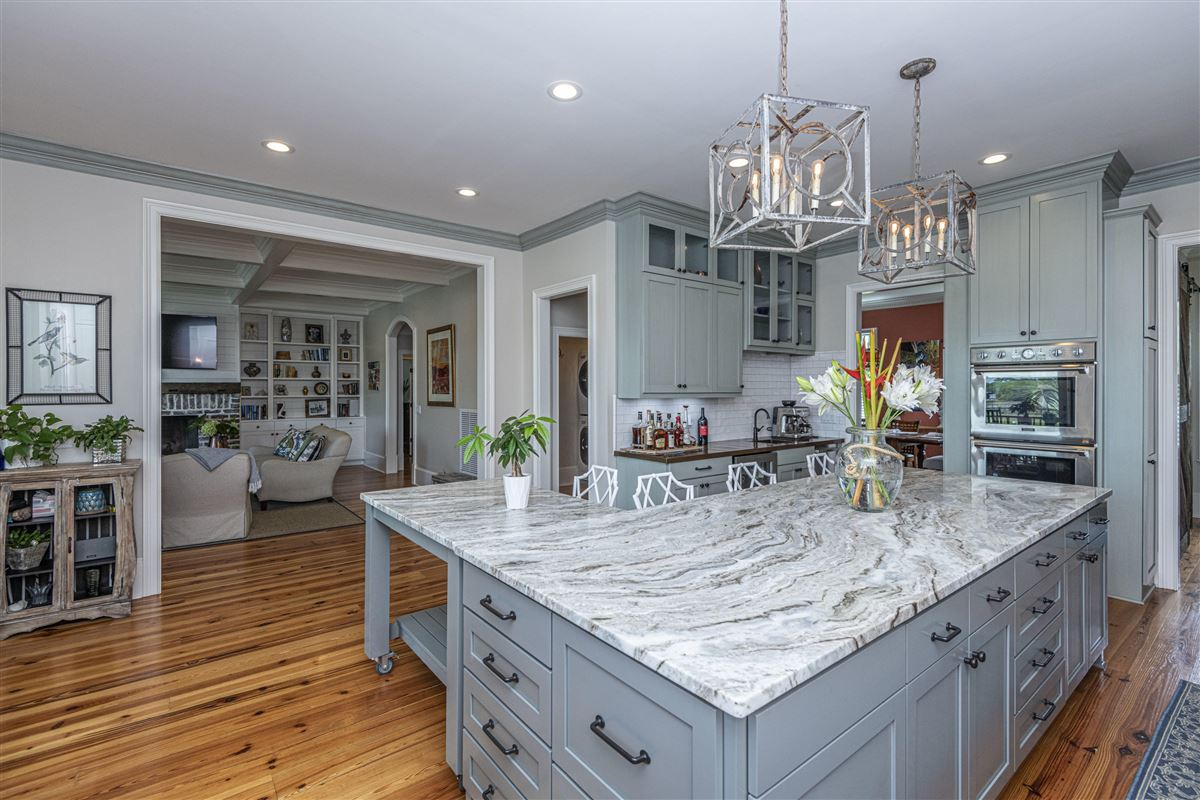 Luxury homes Incredible deep-water Lowcountry home