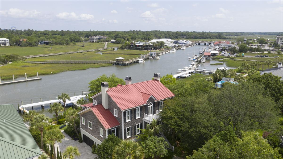 Luxury real estate Incredible deep-water Lowcountry home