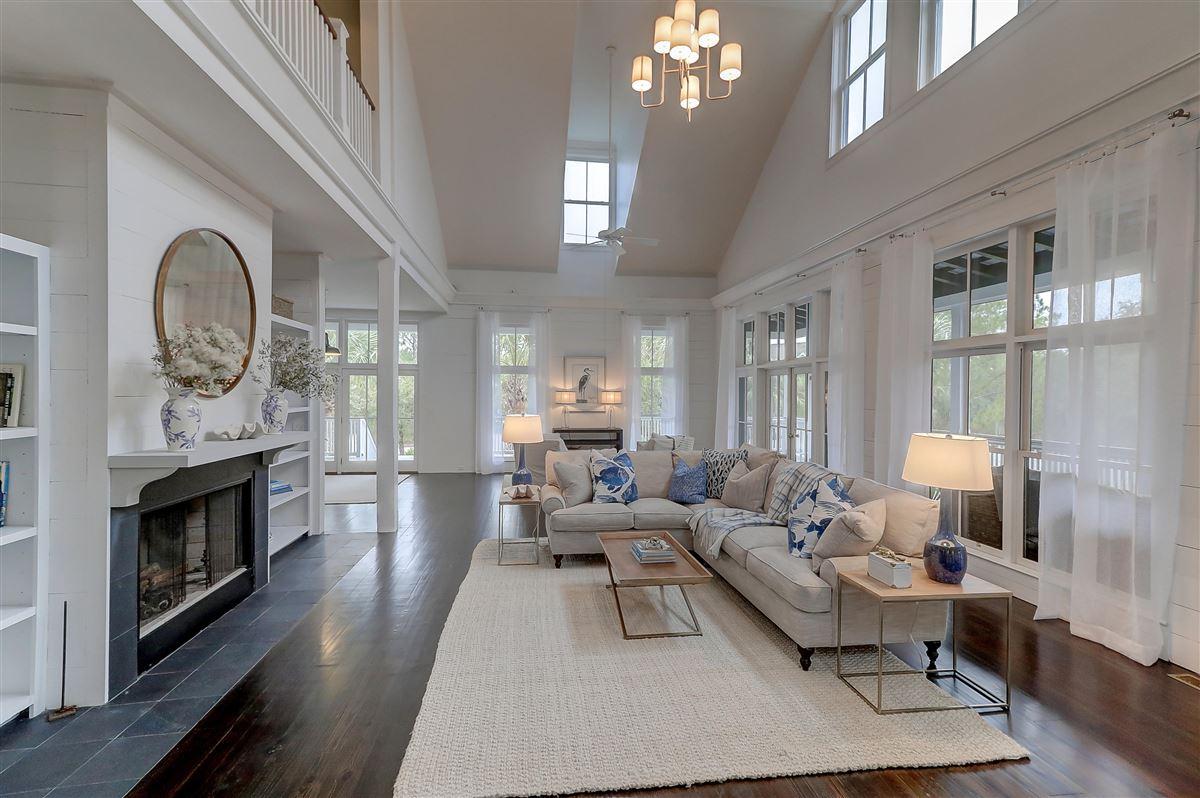 spectacular plantation style retreat luxury real estate