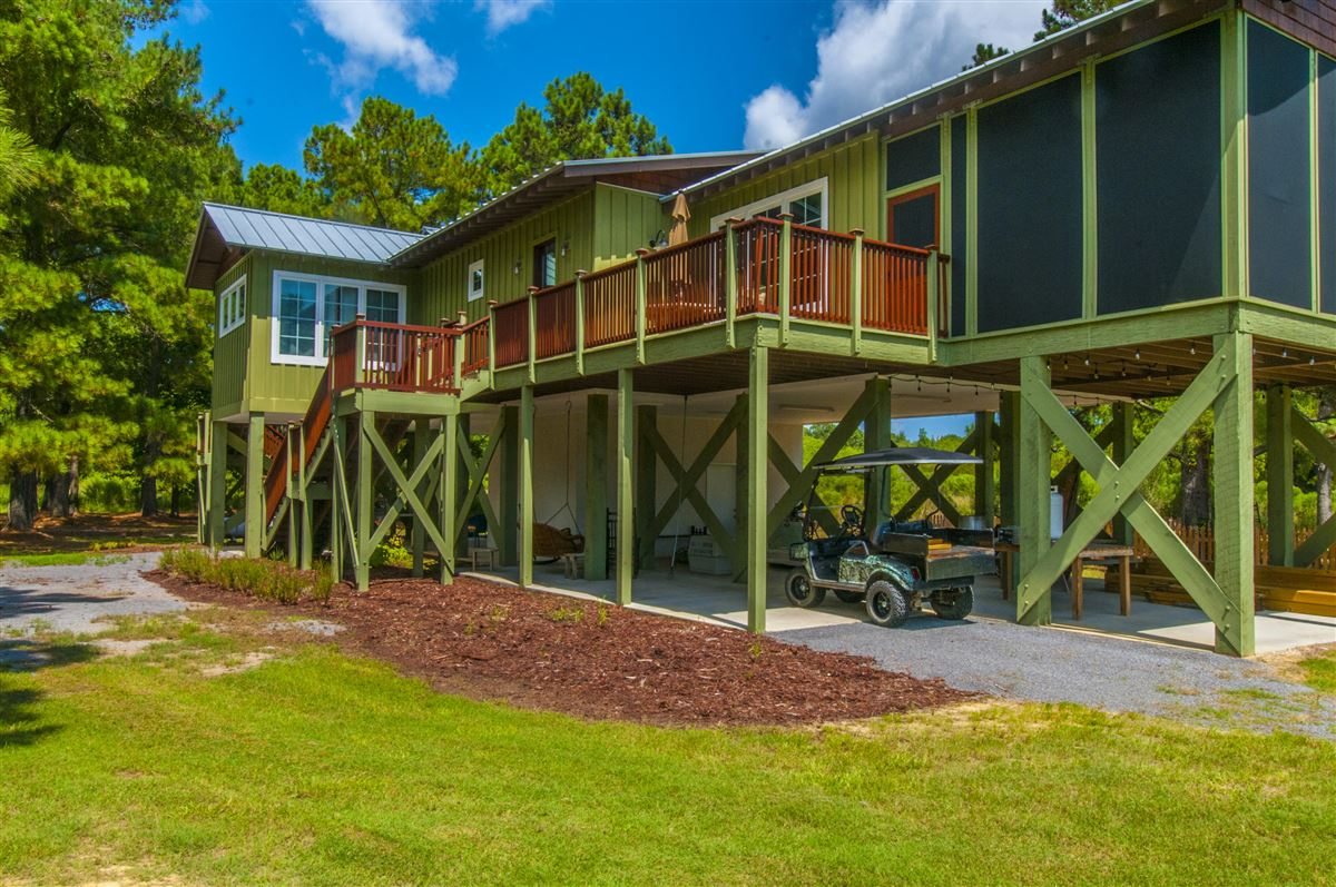beautiful custom home and lodge on over 17 acres luxury real estate
