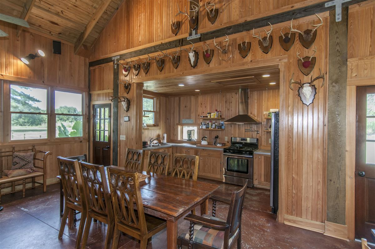 Mansions in beautiful custom home and lodge on over 17 acres