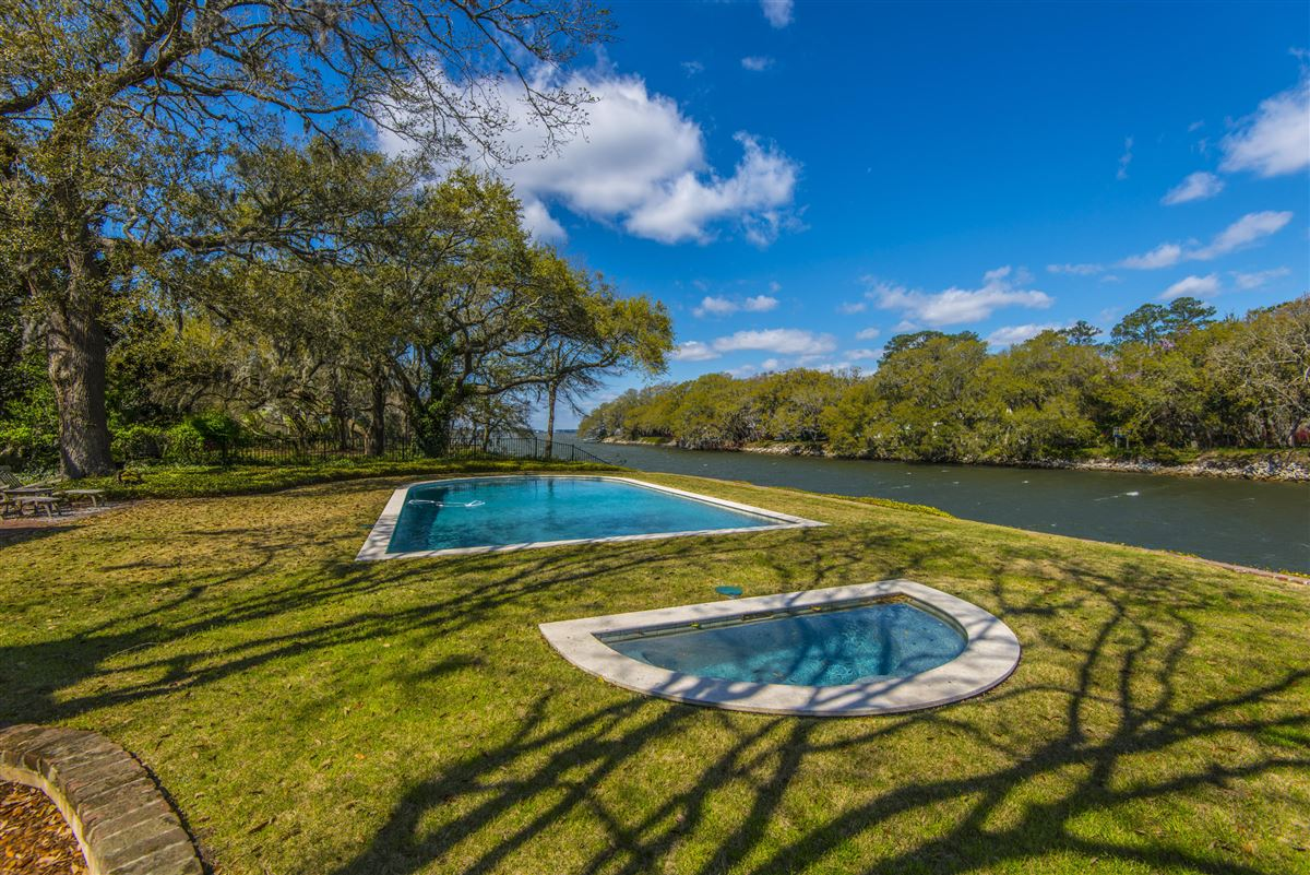 Waterfront estate home luxury real estate