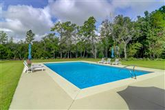 Luxury real estate a true gem in moncks corner