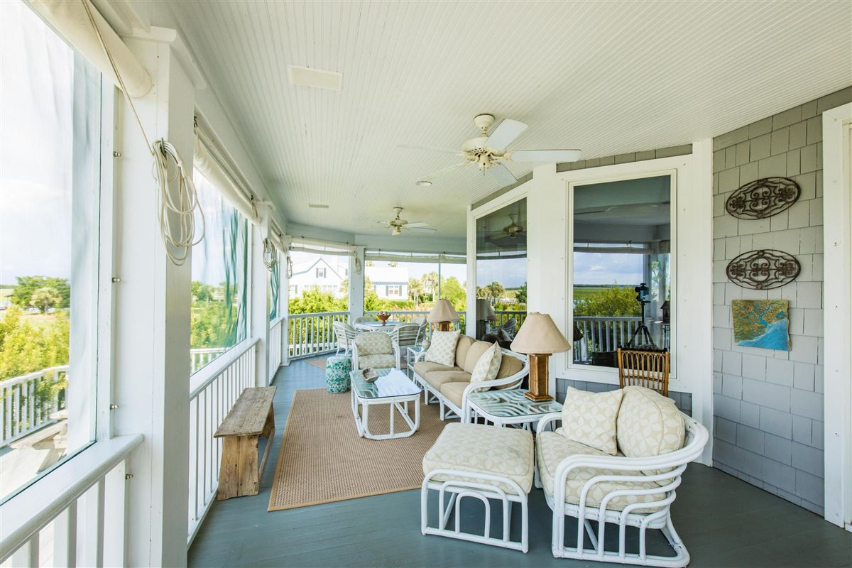 truly unique location on the island luxury properties