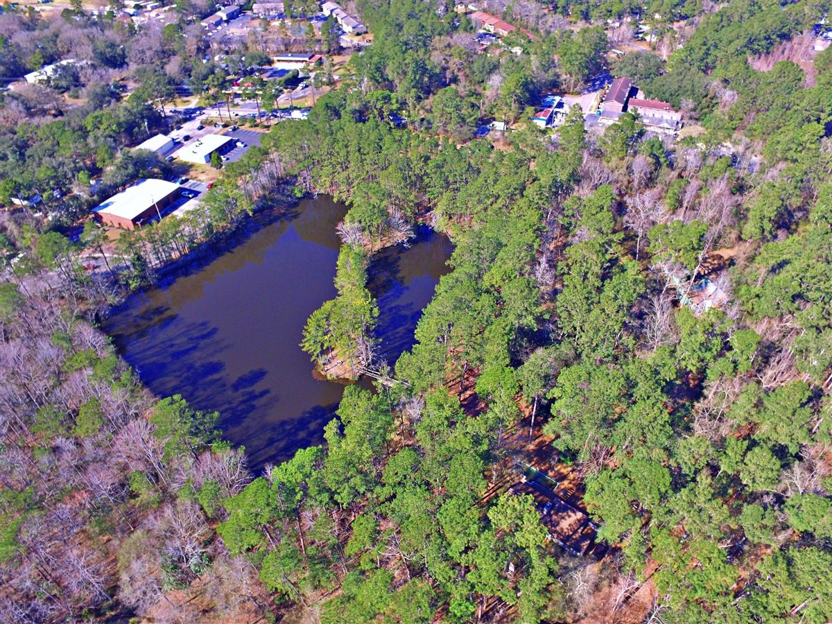 Luxury homes build your lakefront home in the heart of summerville