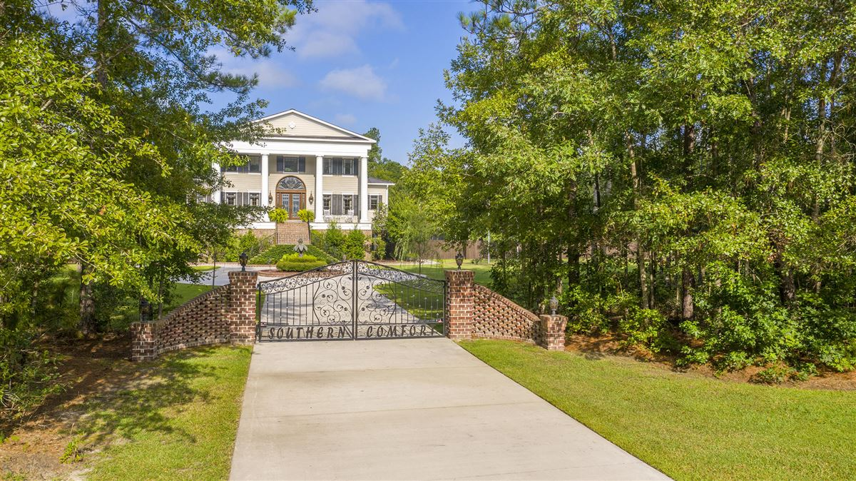 Luxury homes in This magnificent estate offers unparalleled elegance