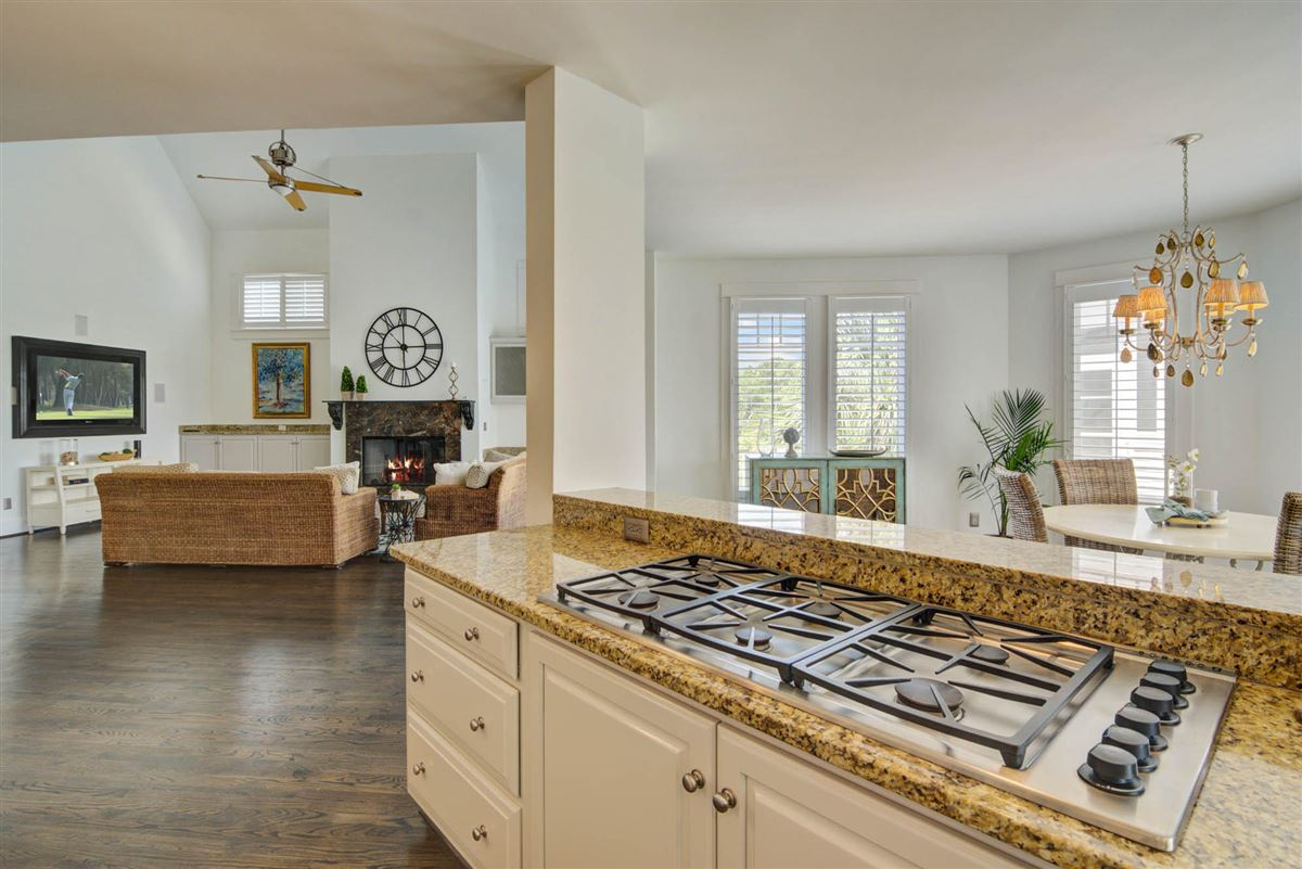 Luxury homes Low Country Living at its finest in mount pleasant