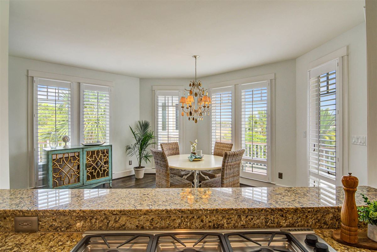 Luxury homes in Low Country Living at its finest in mount pleasant