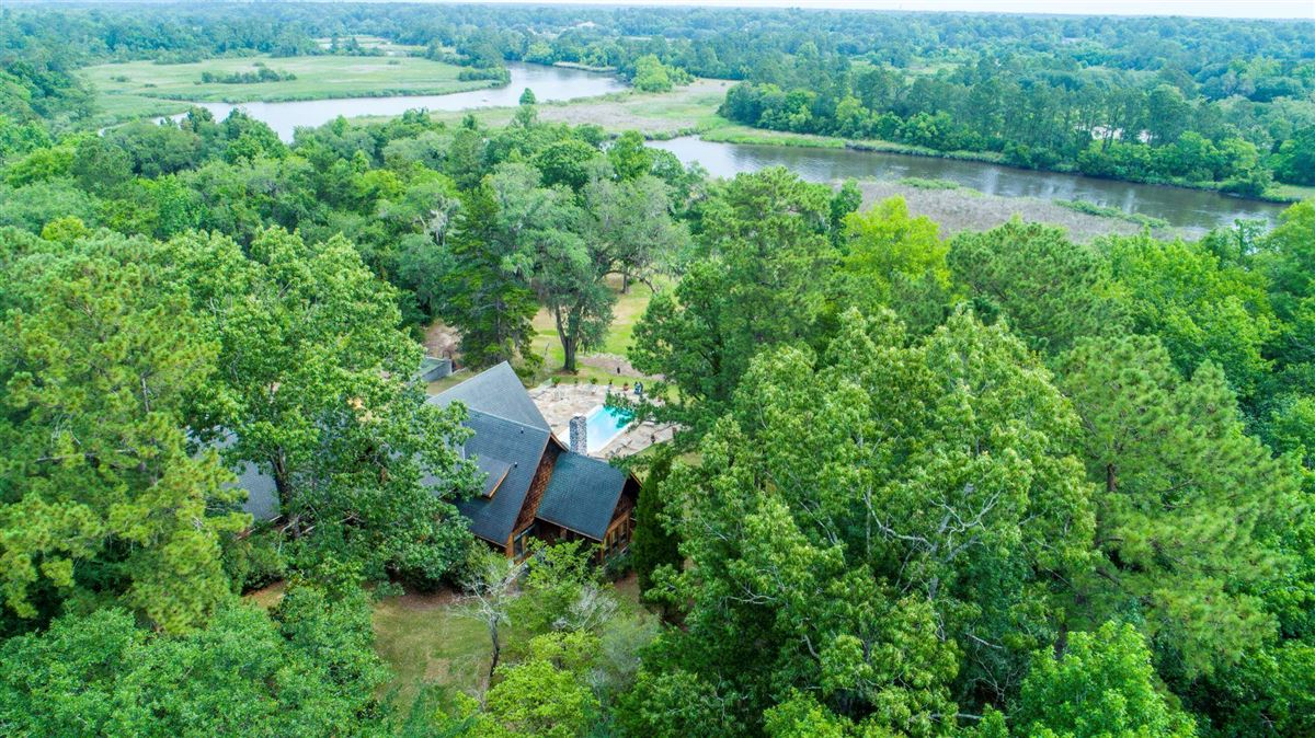 5 acre wooded estate on the Ashley River luxury properties