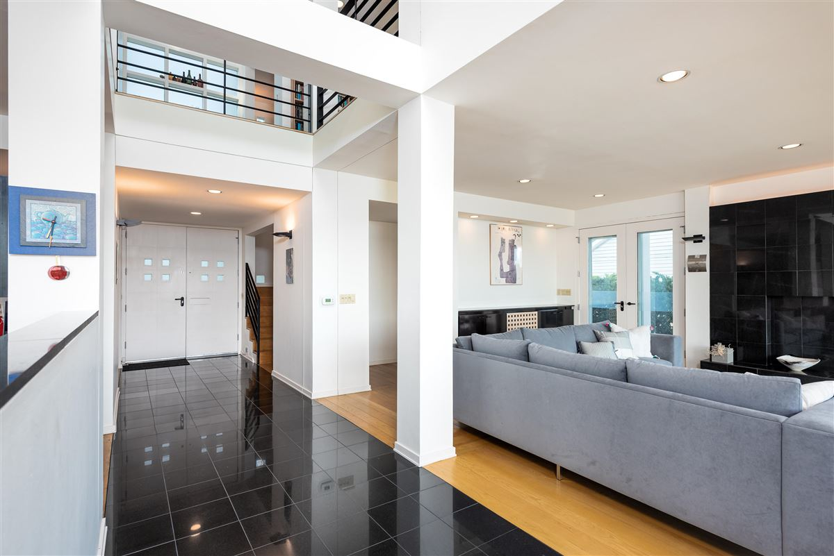 Luxury properties Welcome to 25 Rebellion Road