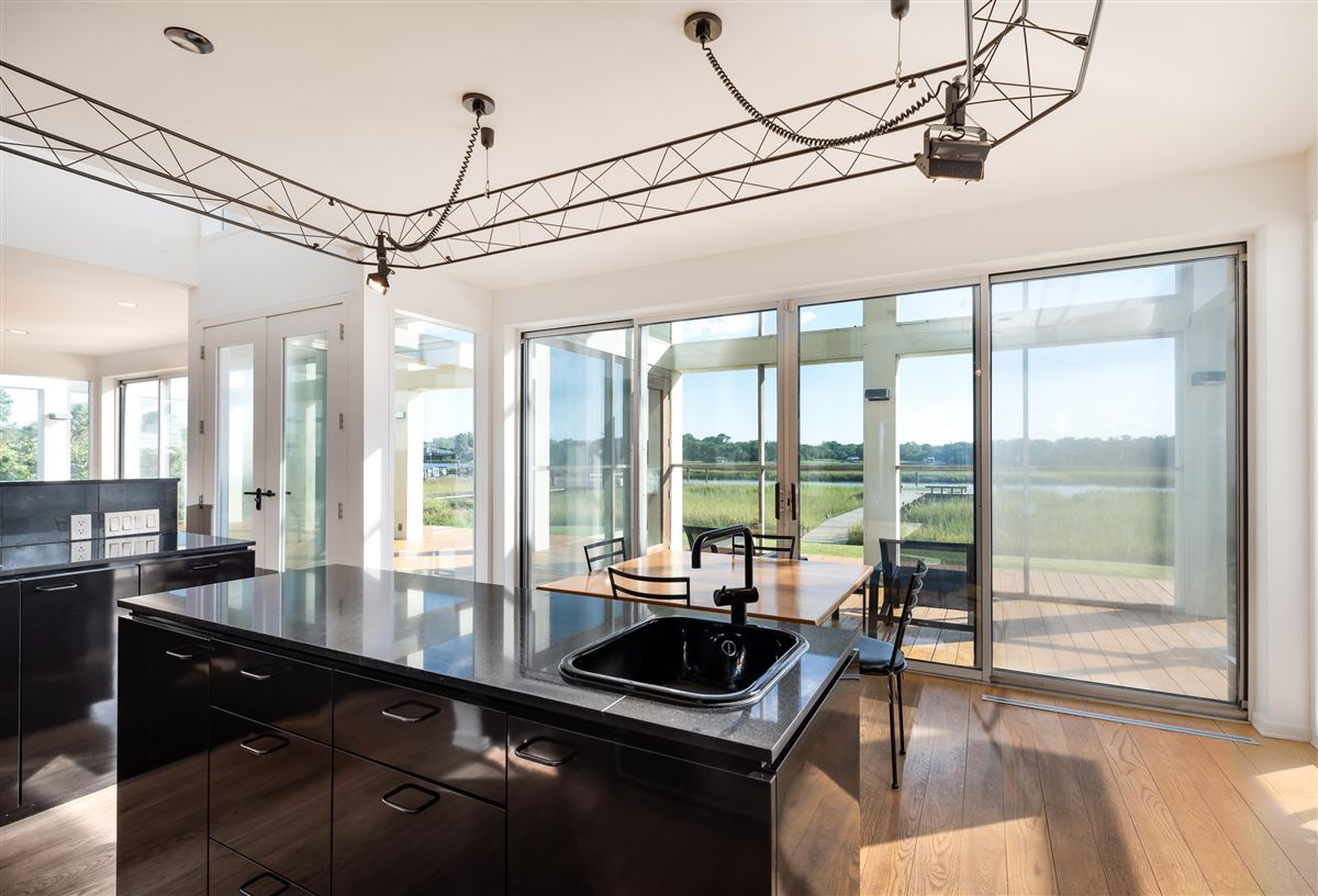 Luxury homes in Welcome to 25 Rebellion Road