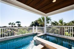 Luxury homes Palm Breeze