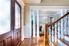 Mansions in perfect blend of traditional and modern in prestigious location