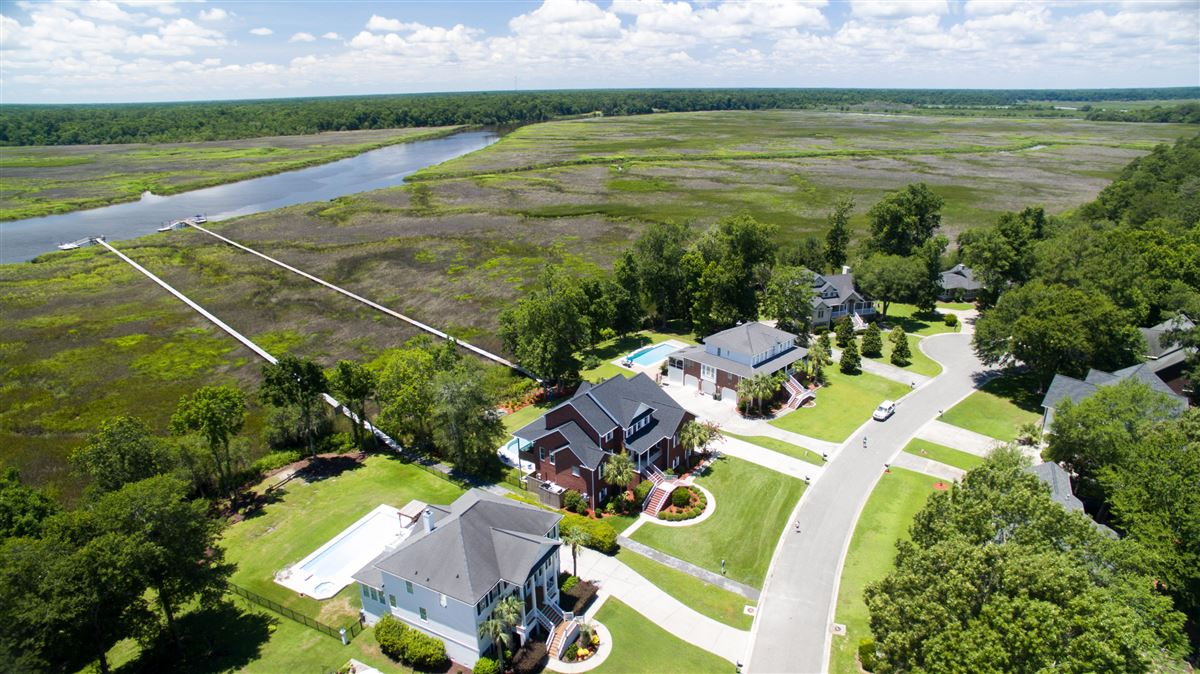 immaculate North charleston property luxury homes