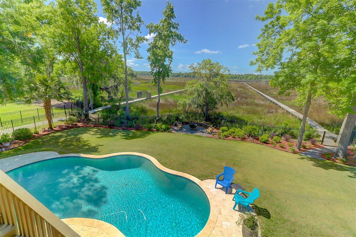 immaculate North charleston property luxury properties