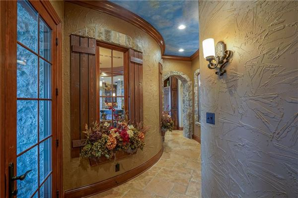 Luxury homes Incredible Zionsville Estate
