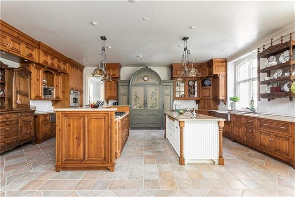 Luxury properties COMFORTABLE Country French home