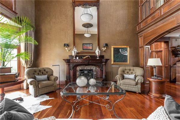 Luxury homes in COMFORTABLE Country French home