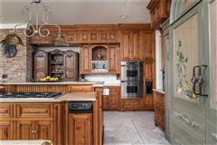 Luxury real estate COMFORTABLE Country French home