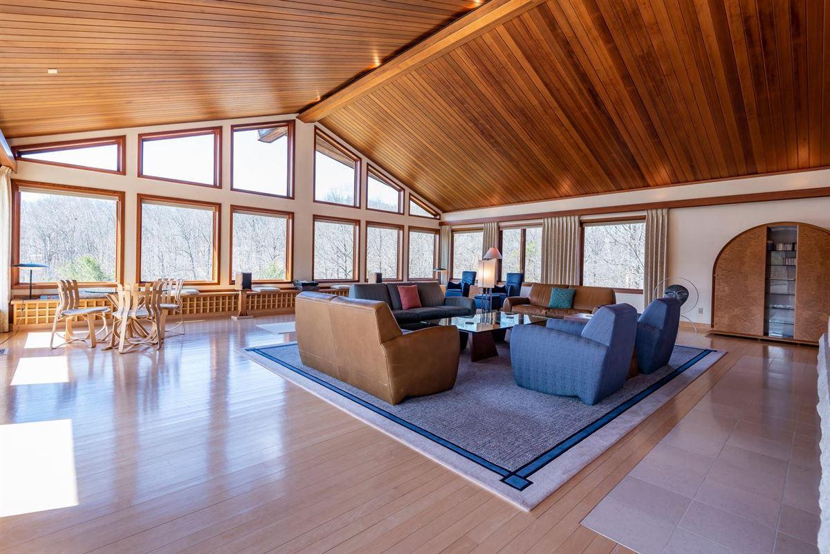 Luxury properties a 590-acre kingdom