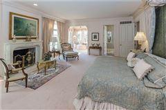 Luxury properties uncompromising quality in exclusive Laurelwood