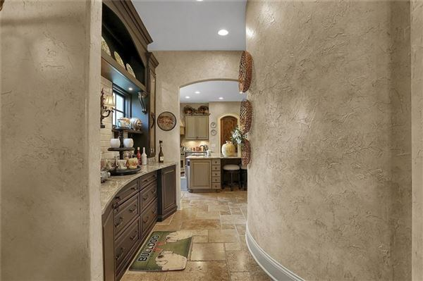 Luxury real estate breathtaking timeless beauty