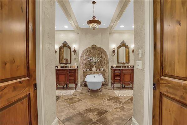 breathtaking timeless beauty luxury real estate