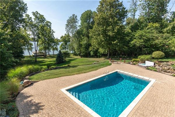 Luxury homes in special property with beautiful views