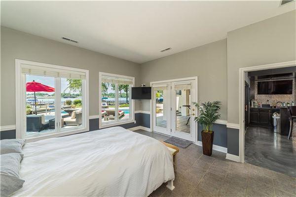 Luxury homes in wonderful Geist Waterfront home