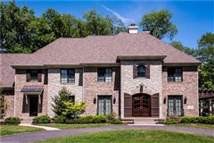Elegance and sophistication luxury homes