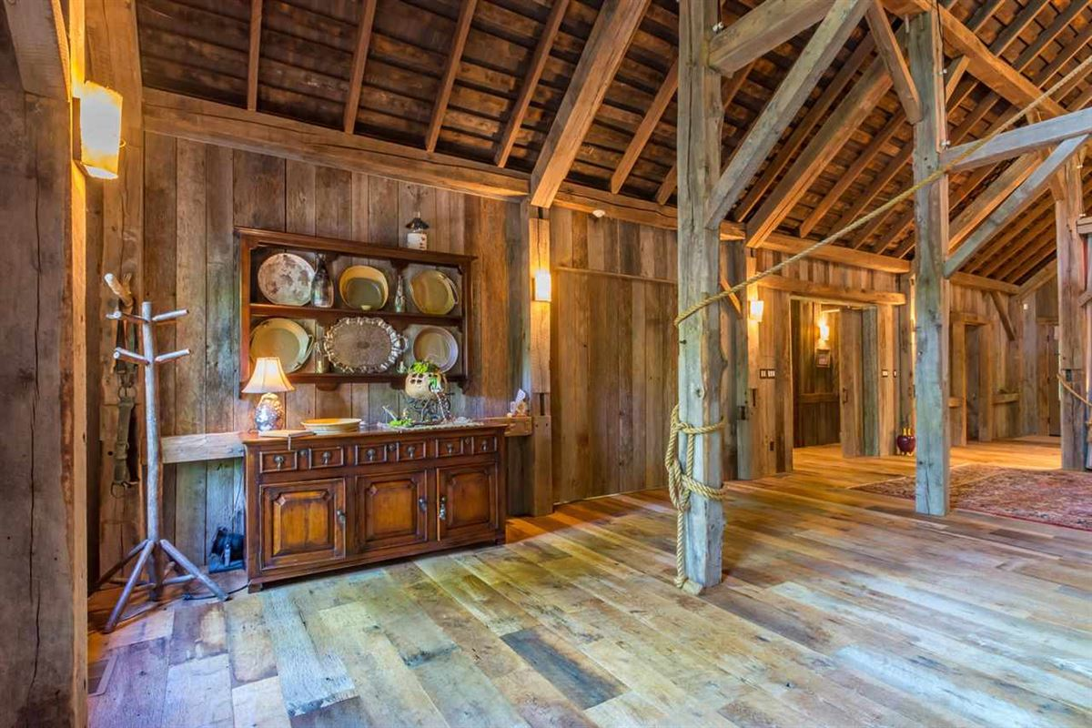 true rustic retreat luxury real estate