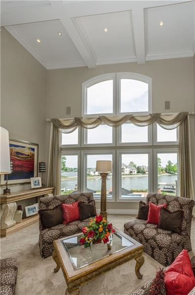Luxury homes in majestic home with picturesque views of Geist