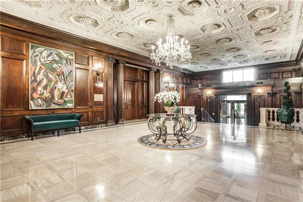 Historic Indianapolis Athletic Club is city living at its best! luxury real estate