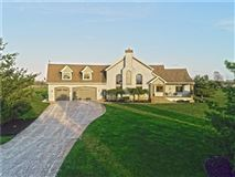 Luxury real estate Beautiful 12 acres in Alexandria